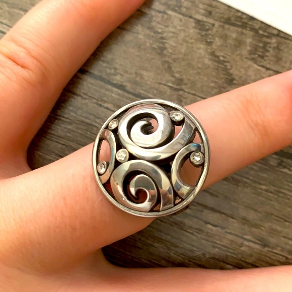 Brighton retired circle swirl ring -Size 8